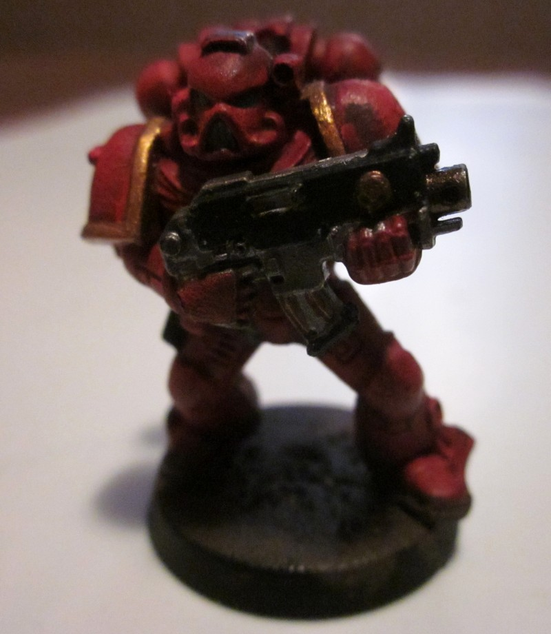 Space marine : blood angel de face