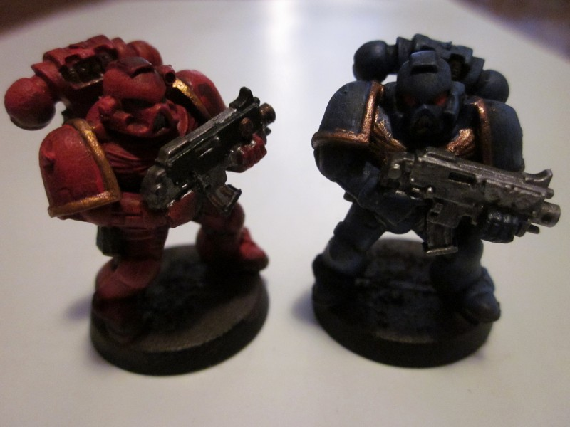 Space marines : ultramarine et blood angel