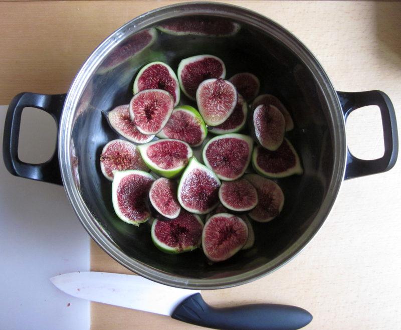 Paupiettes aux figues, première étape bis : finir de déposer les figues